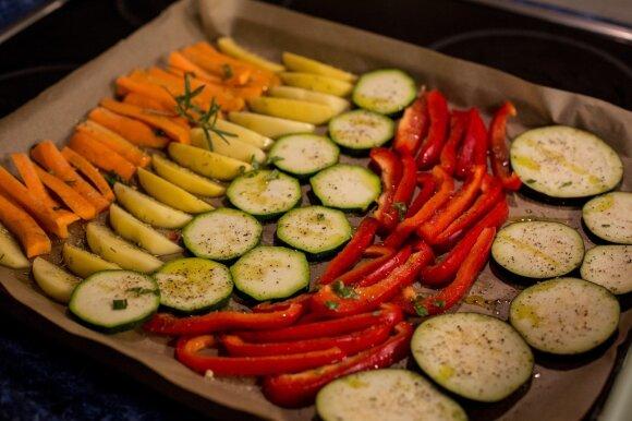 Orkaitėje keptos daržovės