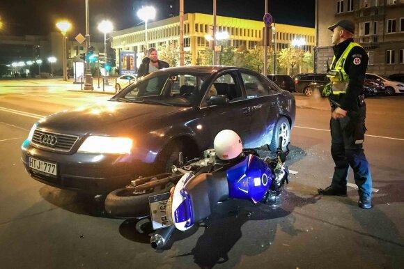 Motociklo avarija prie Seimo