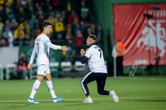 Cristiano Ronaldo ir jo gerbėjas