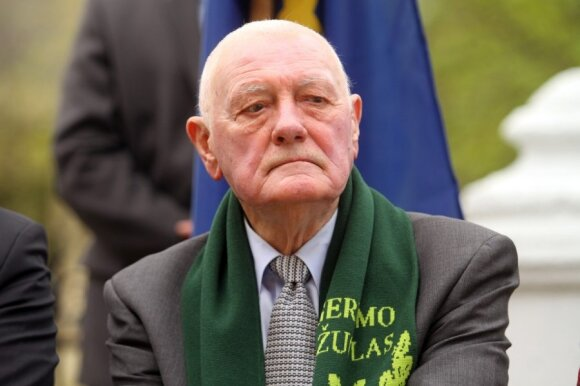 Mirė vienas turtingiausių išeivijos verslininkų J. Kazickas