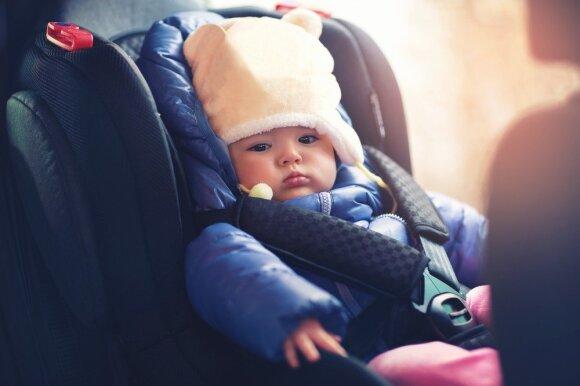 Kaip saugiai vežti vaikus automobilyje