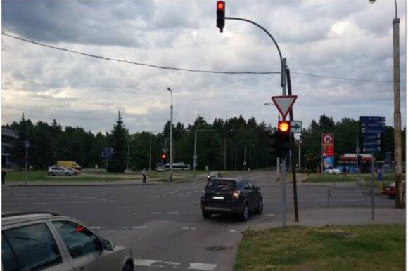 Эксперт: зеленые стрелки направо нужно ликвидировать – водители забывают правила
