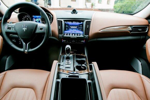 """""""Maserati Levante"""" įrengtas prabangiai"""