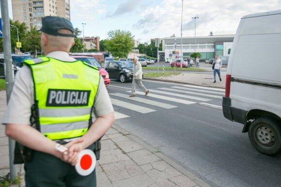 Viskas, ką turite žinoti, kai jus stabdo policijos automobilis