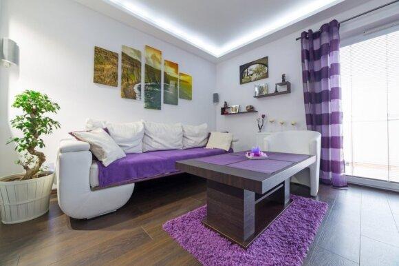3 patarimai, kaip namus profesionaliai dekoruoti nuotraukomis
