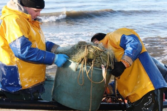Kaip pasielgti su žuvimi, žvejai turi nuspręsti patys