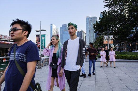 Tamsioji K-pop pusė: smurtas, prostitucija, savižudybės ir slaptos kameros