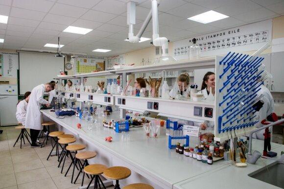 Mokytoja palygino sovietmečio mokyklas su dabartinėmis