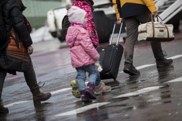 Pasaulinės darbo emigracijos tendencijos: lietuviai – jau ne tarp rekordininkų