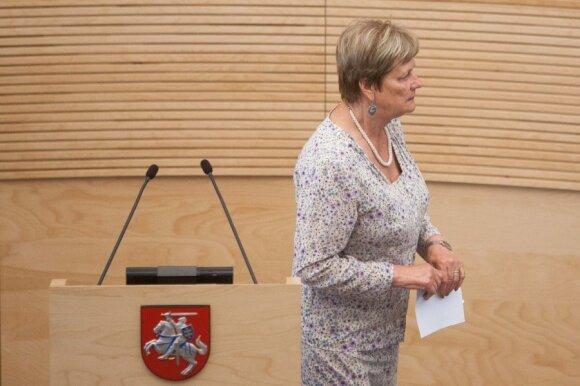 D. Kreivio įsiutinta kolegė pensininkė: padarykit tiek, kiek aš padariau