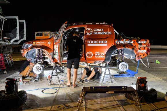 A. Juknevičiaus bolidas Dakaro ralyje