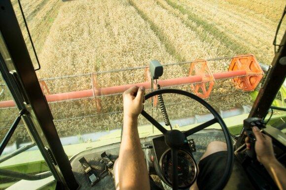 Kone 4 kartus staiga išaugę mokesčiai Pakruojo rajono žemdirbiams sukėlė įsiūtį