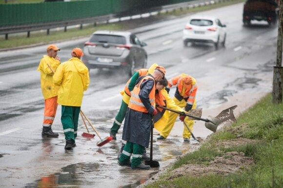 Papasakojo, kur po liūčių Vilniaus gatvės gali patvinti