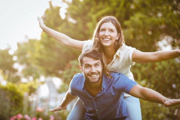 Ar vyras ir moteris gali būti tik draugais? Kodėl tokia tikimybė dažnai vertinama skeptiškai?