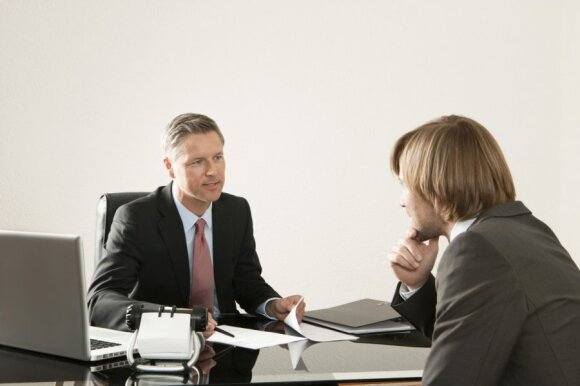 Kaip darbo pokalbyje atsakyti į klausimą, kuris išmuša iš vėžių