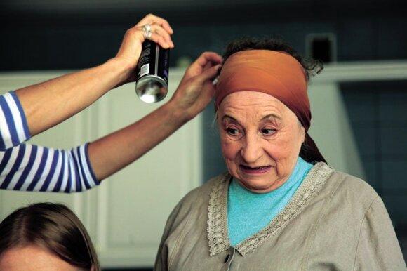 Išskirtinis interviu su Regina Varnaite apie vienintelę meilę, teatrą ir gyvenimą sulaukus 91-erių: likau našle su savo prisiminimais