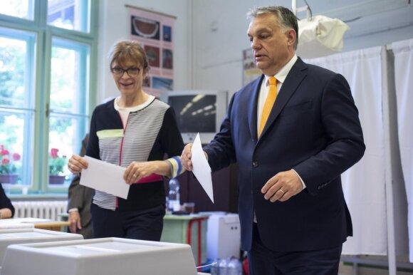Viktoras Orbanas balsuoja EP rinkimuose