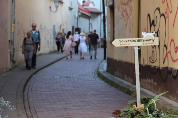 Japanese tourists in Lithuania: Shocked by culture of sunbathing and abundance of space