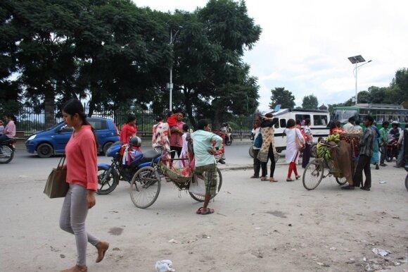 Nepaliečių ūkyje gyvenę ir dirbę lietuviai apie jų gyvenimą iš arti: šokiruojanti, bet nepaprastai žavinga šalis