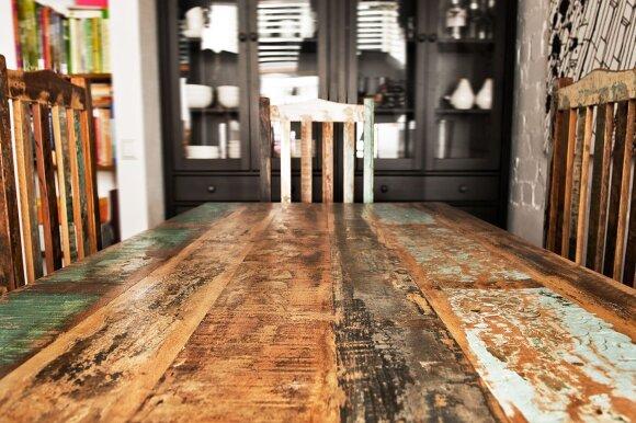 Kretos gamintojų baldai