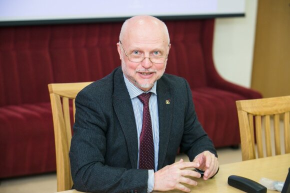 Lietuvių būklė specialistams vis dar kelia nerimą: karantinas skaudžiausiai kirto visai ne senukams
