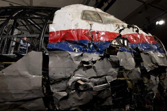 Kremlius keičia dūdelę: pateikė naują MH17 katastrofos argumentą