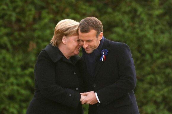Emmanuelis Macronas, Angela Merkel