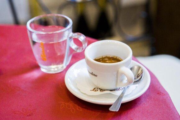Sardiniją perkėlė į Užupį: už alyvuogių aliejų pakloja ir po 16 eurų