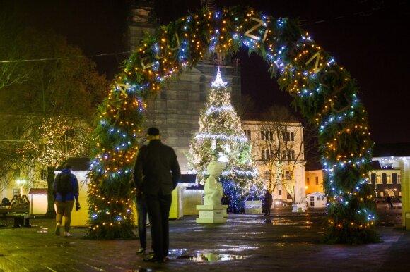 Kalėdinė Kauno eglė