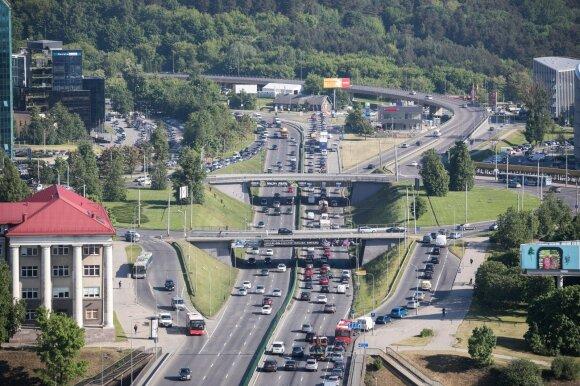 Nacionaliniame oro taršos mažinimo plane: automobilių mokestis, dyzelino akcizo didinimas, eismo ribojimai