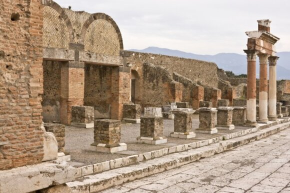 Pompėjos miesto griuvėsiai Italijoje