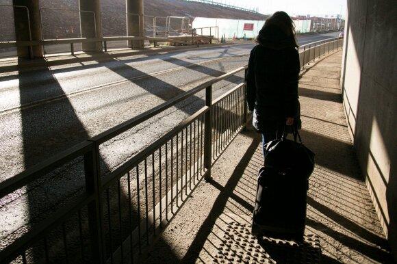 """Dar vienas smūgis Lietuvai: po """"Brexit"""" emigrantams teks rinktis"""