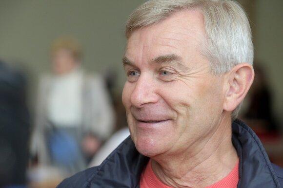 Balsuoja Viktoras Pranckietis