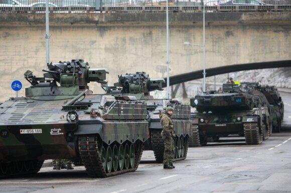 """Netikėta: """"šaukimą"""" į kariuomenę gauna ne tik žmonės – gali gauti ir jūsų automobilis"""