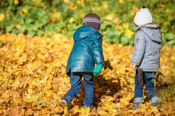 Aistros dėl vaikų paėmimų nerimsta: tėvų forumas reikalauja atšaukti įstatymą