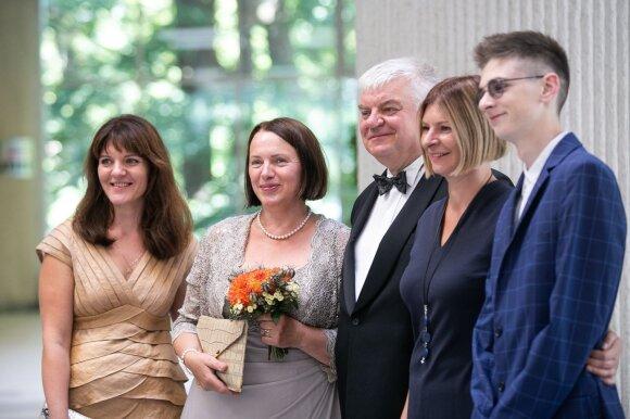 Buvęs viceministras Rimantas Vaitkus vedė antrąkart: po skaudžios žmonos netekties naują meilę atrado internete