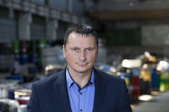 """Pavojingųjų ir nepavojingųjų atliekų tvarkymo įmonės """"Žalvaris"""" komercijos direktorius Paulius Repšys"""