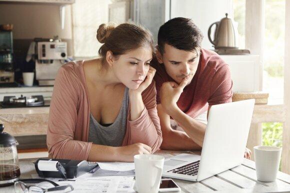 """Bankai paaiškino, ko imsis dėl paskolų: """"kredito atostogas"""" duos ir ilgesniam laikui"""