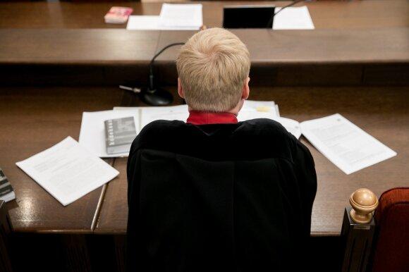 Pagarbą ir autoritetą prarado per akimirką: iš prokurorų lūpų – baisūs kaltinimai