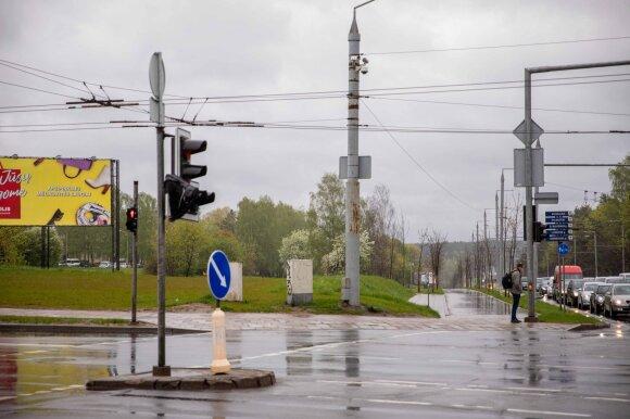 Vieno populiariausių Vilniaus mikrorajono plėtra piktina gyventojus: dygsta vienas už kitą didesni daugiabučių kompleksai