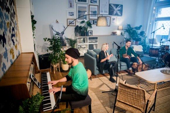 Gyvo garso koncertuose muzikos žvaigždės dainuos iš specialiai jiems įrengtų namų