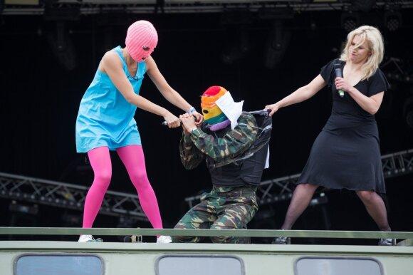"""Надежда Толоконникова: любой диктатуре обязательно нужно показать свой """"Тополь"""" с боеголовкой"""