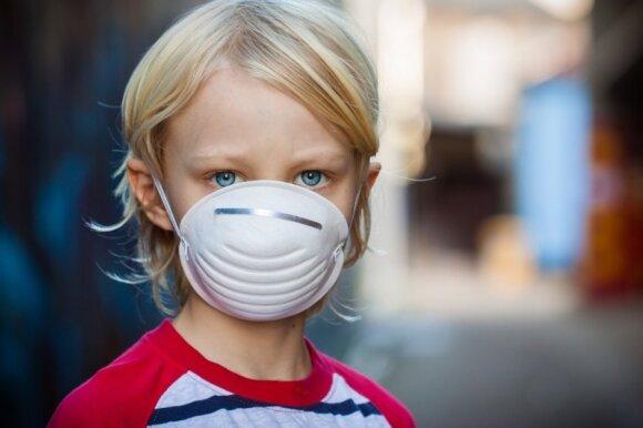 Gydytojas Morozovas išvardijo, kokie COVID-19 simptomai pasireiškia vaikams, ir patarė, kada sunerimti