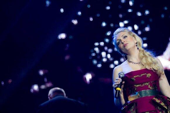 """""""Enya Songs Christmas Show"""" koncerto atlikėjos"""