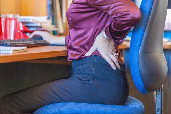 Unikauskas ragina nedelsti: nugarą skaudėti gali ne tik dėl sėdėjimo ar netaisyklingos laikysenos
