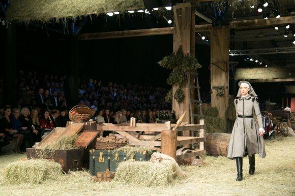 G. Kildišienė ruonio kailinius iškeitė į daugiau nei tūkstantį eurų kainuojantį J. Statkevičiaus paltuką