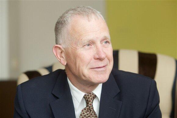 Dennisas Shepardas