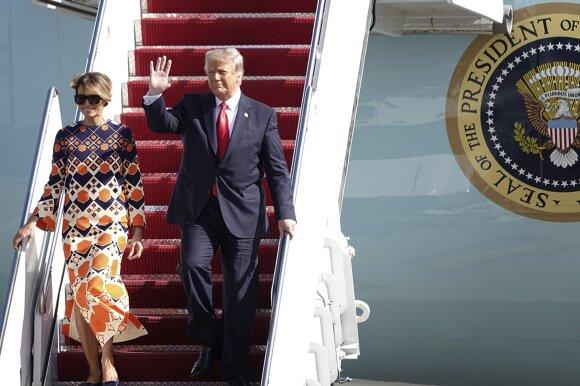 Donaldas Trumpas sugrįžo namo Floridoje
