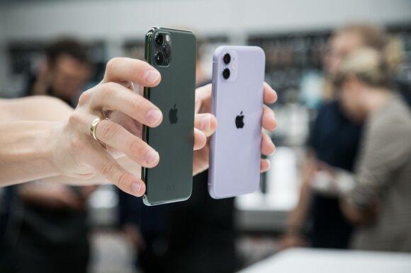 """Lietuviai naktį laukė eilėse, kad įsigytų brangiausius """"iPhone"""" modelius: supras tik tikri gerbėjai"""