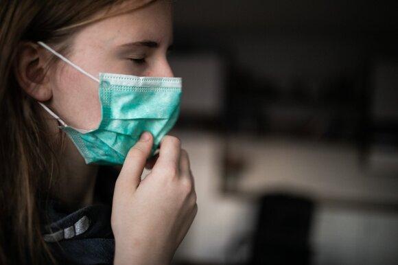 Vaikas susirgo, o į polikliniką patekti neįmanoma: gydytoja patarė, kada gydytis namuose, o kada važiuoti į ligoninę